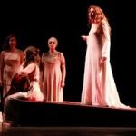 Critique • « Antigone » de Sophocle, mise en scène d'Olivier Broda  au Vingtième Théâtre.