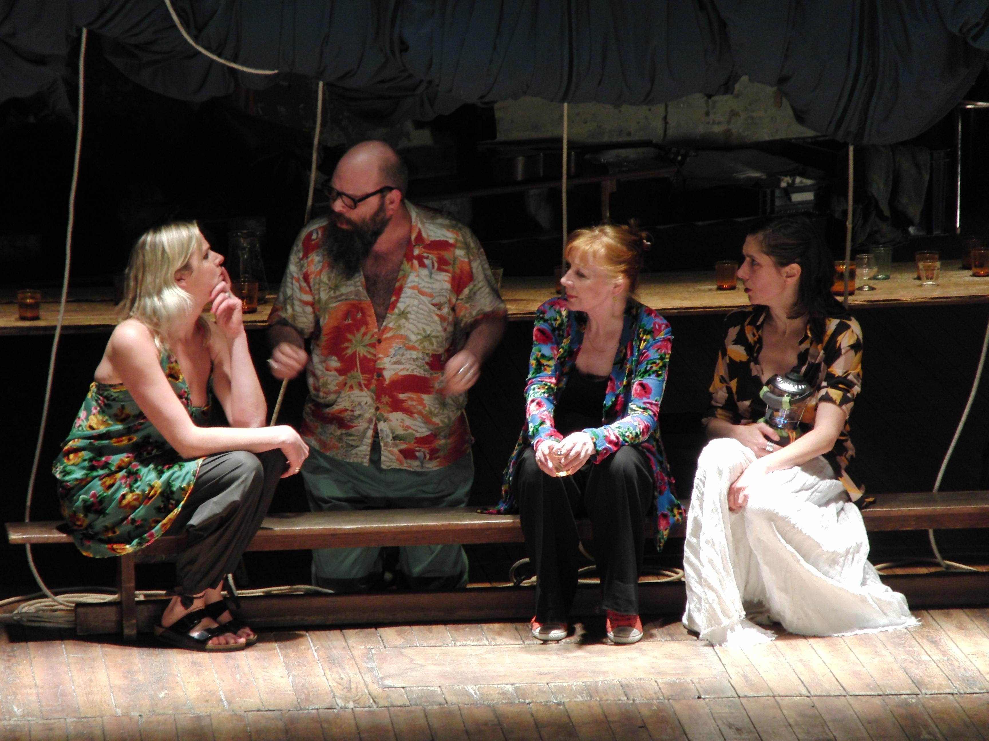 Critique. « Les Estivants » de Maxime Gorki avec tg STAN, au Théâtre Bastille