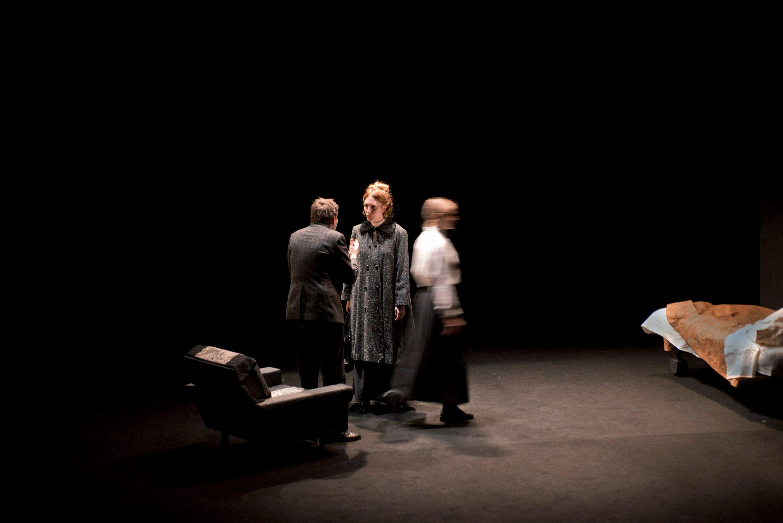Critique • « Une année sans été » de Catherine Anne, mise en scène de Joël Pommerat