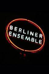 « Et le requin, il a des dents… » par le Berliner Ensemble au Théâtre de la Ville