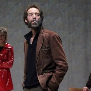 « La Noce/Derniers remords avant l'oubli/Nous sommes seuls maintenant » par le Collectif In Vitro au théâtre des Abbesses