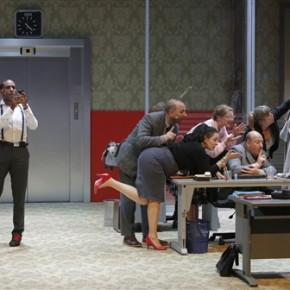 « Open Space» de Mathilda May au Théâtre du Rond-Point