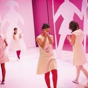 « Neuf petites filles » de Sandrine Roche, mise en scène Stanislas Nordey, Théâtre des Abbesses