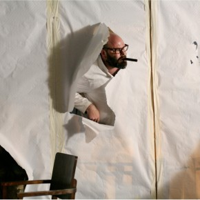 Onomatopée, création de tg Stan, De Koe, Dood Paard, Maatschappij Discordia, Théâtre de la Bastille, Festival d'Automne à Paris