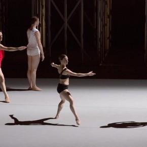 « Available Light », chorégraphie de Lucinda Childs, au Théâtre de la Ville, dans le cadre du Festival d'Automne