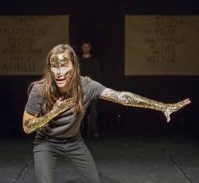 Iliade, mise en scène de Pauline Bayle au Théâtre de Belleville