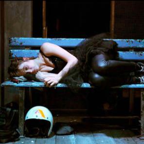 A la renverse de Karin Serres, mise en scène de Pascale Daniel-Lacombe au Théâtre des Abbesses