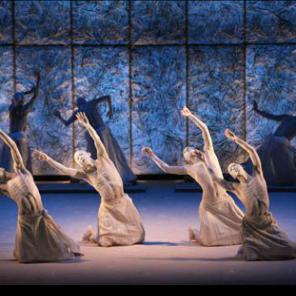Meguri par la compagnie Sankai Su au Théâtre de la Ville
