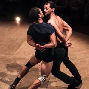 Ensemble, de Julien Scholl et Jérôme Pont, Languedoc-Roussillon-Midi-Pyrénées fait son cirque