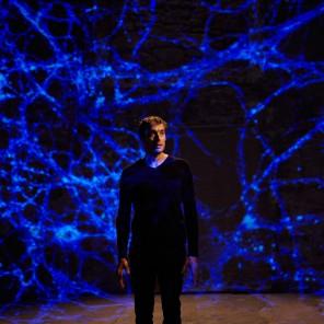 Réparer les vivants de Maylis De Kérangal, mise en scène de Emmanuel Noblet au Théâtre du Rond Point
