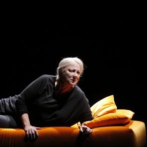 La Femme rompue, de Simone de Beauvoir, mise en scène de Hélène Fillières, Théâtre des Bouffes du Nord