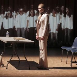 Honneur à notre élue, de Marie Ndiaye, mise en scène de Frédéric Belier-Garcia, au Théâtre du Rond-Point