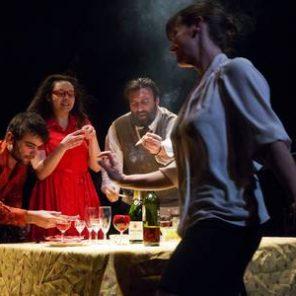 Tabula Rasa, mise en scène de Violette Pallaro, au Théâtre des Doms, Festival d'Avignon Off