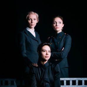 Les Trois sœurs, d'Anton Tchekhov, mise en scène de Timofeï Kouliabine, Odéon-Théâtre de l'Europe / Festival d'Automne à Paris