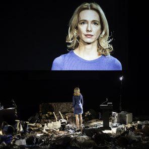 Compassion. L'histoire de la mitraillette, conception, texte et mise en scène de Milo Rau, à la Grande Halle de la Villette, Festival d'Automne à Paris
