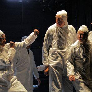 Une commune, de Guillaume Cayet, mise en scène de Jules Audry, Cie Future noir, Théâtre de Vanves