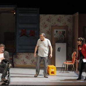 Nénesse, d'Aziz Chouaki, mise en scène de Jean-Louis Martinelli, Théâtre Déjazet