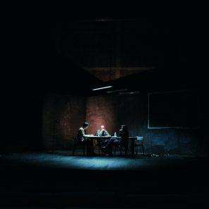 HEROE(s), mise en scène de Philippe Awat, Guillaume Barbot et Vincent Gauthier-Martin, au Théâtre de la cité Internationale