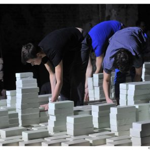 Meanwhile de Gaëtan Rusquet, au Centre Pompidou