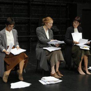 Let me try, d'après Journal (1915-1941) de Virginia Woolf, Isabelle Lafon, Théâtre Gérard Philipe, Saint-Denis