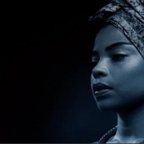 Miss Nina Simone, de Jina Djemba et Anne Bouvier, d'après Nina Simone, roman, de Gilles Leroy, mise en scène Anne Bouvier, au Théâtre du Lucernaire