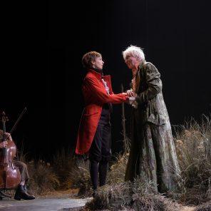 Le Triomphe de l'amour, Marivaux, mise en scène de Denis Podalydès, Théâtre des Bouffes du Nord