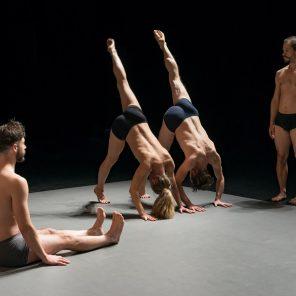 Quatuor tristesse, chorégraphie de Daniel Léveillé, Théâtre de l'Aquarium / Cartoucherie de Vincennes. Festival June Event