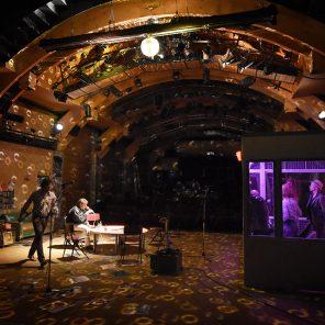 Les Ondes Magnétiques de David Lescot mise en scène David Lescot, au Théâtre du Vieux-Colombier
