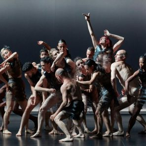 Kreatur, chorégraphie de Sasha Waltz, à l'Opéra Confluence au Festival d'Avignon