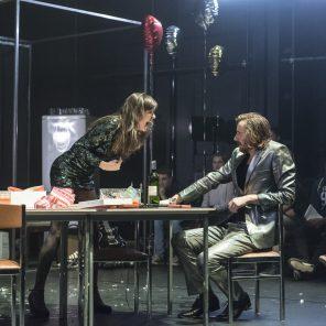 Une maison de poupée, librement inspiré d'Henrik Ibsen, mise en scène de Lorraine de Sagazan - La Brèche, au Monfort Théâtre