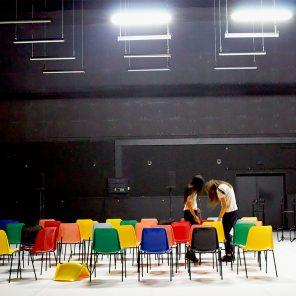 Sœurs (Marina & Audrey), de Pascal Rambert, Théâtre des Bouffes du Nord