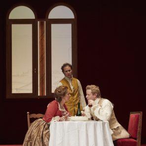 La Locandiera, de Carlo Goldoni, mise en scène d'Alain Françon, à la Comédie Française