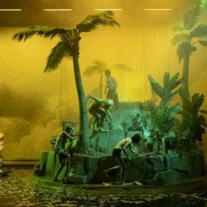 Crash park, la vie d'une île, de Philippe Quesne, au Théâtre Nanterre-Amandiers