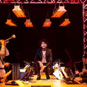 L'Opéra de Quat'Sous, de Bertolt Brecht, mise en scène Jean Lacornerie, au Théâtre de la Croix-Rousse, Lyon