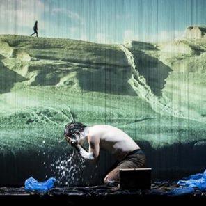 Inflammation du verbe vivre, mise en scène de Wajdi Mouawad, au Théâtre de la Colline