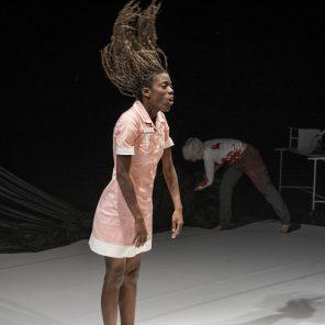 Saison 1, création de Florence Minder, au Théâtre de la Bastille