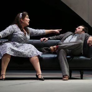 Le prince travesti, de Marivaux, mise en scène d'Yves Beaunesne, en tournée
