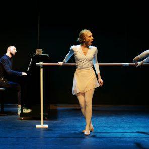 Gis_elle, vie et mort d'une étoile chorégraphie et réalisation Aurélien Richard, au Studio Marigny