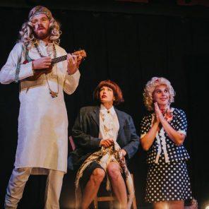 Les Grands rôles, par Les Mauvais élèves, mise en scène de Shirley et Dino, au Théâtre du Lucernaire