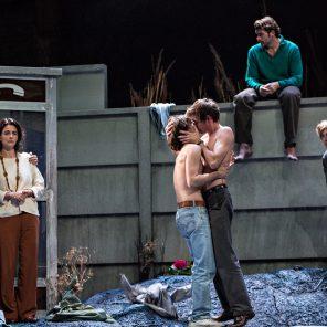 Le Pays lointain, de Jean-Luc Lagarce, mise en scène de Clément Hervieu-Léger, à l'Odéon-Théâtre de l'Europe