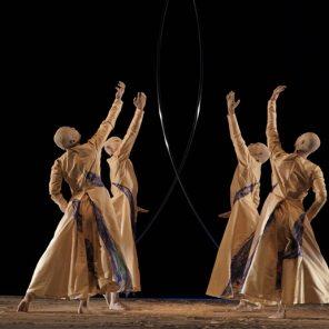 Arc, mise en scène, chorégraphie et conception Ushio Amagatsu, Cie Sankai Juku, Théâtre des Champs Elysées / Théâtre de la Ville hors les murs