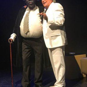 La magie de l'argent, pièce écrite et mise en scène par Oscar Castro, Théâtre Aleph