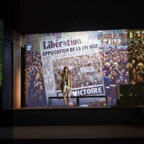 Hors la loi, texte et mise en scène de Pauline Bureau, à La Comédie Française – Le Vieux Colombier