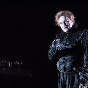 La rose et la hache, d'après Richard III de W. Shakespeare, adaptation Carmelo Bene, mise en scène de Georges Lavaudant, Théâtre Gérard Philipe de Saint-Denis