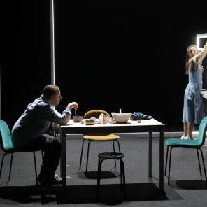 Retours, suivi de Le Père de l'enfant de la mère de Fredrik Brattberg, mise en scène de Frédéric Bélier-Garcia, Théâtre du Rond-Point