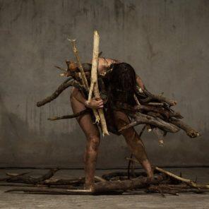 A Invençao da Maldade, mise en scène par Marcelo Evelin, Centre national de la danse, Pantin