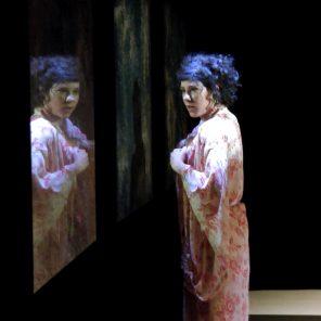 Molly, d'après Ulysse de James Joyce, mise en scène de Pascal Papini au théâtre Les Déchargeurs