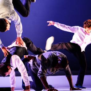Allegria, de Kader Attou, Théâtre national de Chaillot