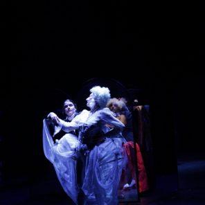 La Folle Enchère de Madame Ulrich, mise en scène d'Aurore Évain, Théâtre de L'Epée de Bois