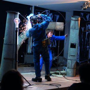 Volia Panic, Alexis Forestier, Nouveau Théâtre de Montreuil, compagnie les endimanchés, Festival Mesure pour Mesure